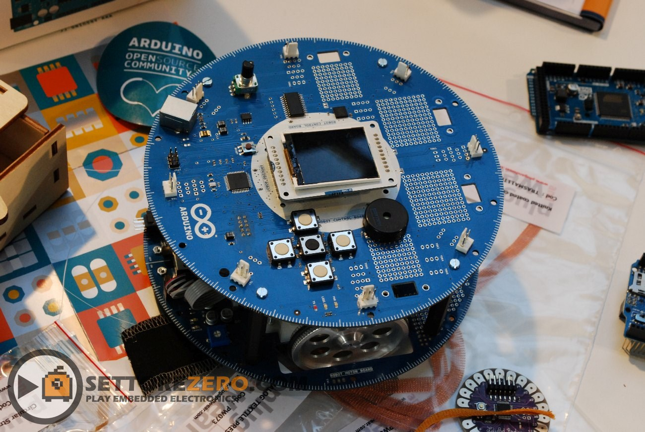 Piattaforma robotica Arduino