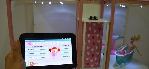 Una casa delle bambole controllata dal tablet!